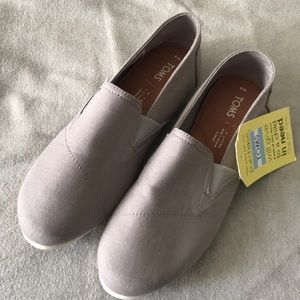 New TOMS sneakers
